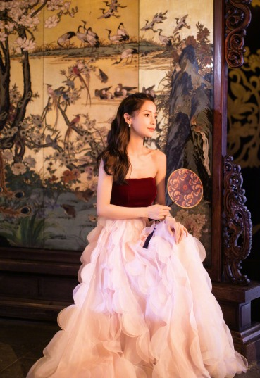 Angelababy in Oscar de la Renta Fall 2018-6