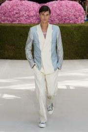Dior Men Spring 2019 Menswear Look 1