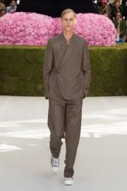 Dior Men Spring 2019 Menswear Look 9