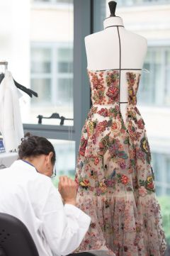 DIOR_Cruise_2019_SAVOIR-FAIRE_BRODERIES-MEXICAINES © SOPHIE CARRE6_preview