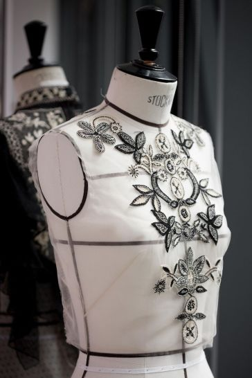 DIOR_Cruise_2019_SAVOIR-FAIRE_BRODERIES-MEXICAINES © SOPHIE CARRE7_preview