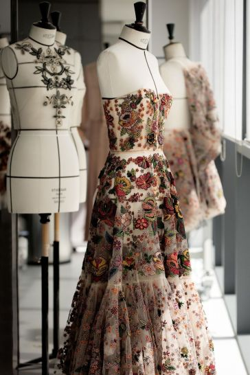 DIOR_Cruise_2019_SAVOIR-FAIRE_BRODERIES-MEXICAINES © SOPHIE CARRE8_preview