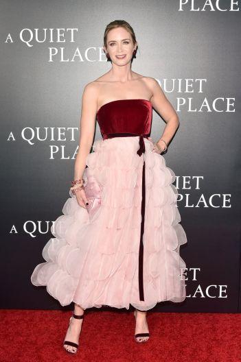 Emily Blunt in Oscar de la Renta Fall 2018