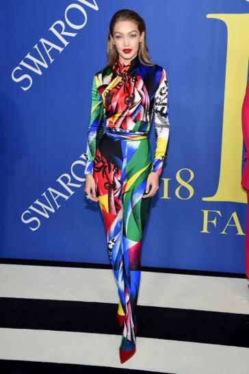 Gigi Hadid in Versace Fall 2018-1