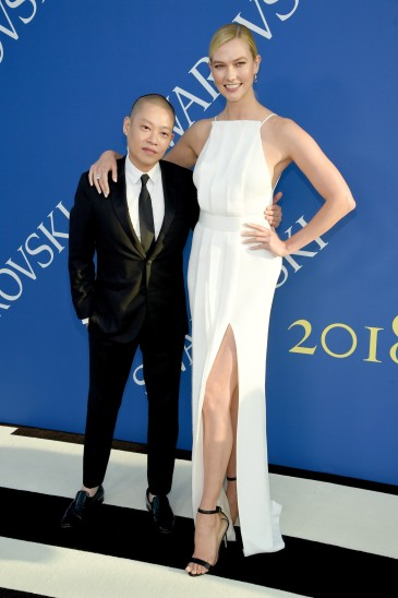Karlie Kloss in Jason Wu-2