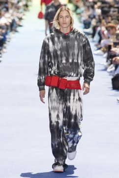 Louis Vuitton Spring 2019 Menswear Look 31