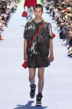 Louis Vuitton Spring 2019 Menswear Look 32