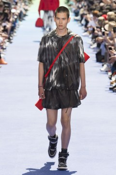 Louis Vuitton Spring 2019 Menswear Look 32