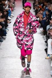 Valentino Spring 2019 Menswear Look 10