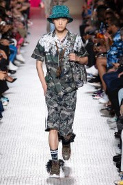 Valentino Spring 2019 Menswear Look 15