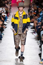 Valentino Spring 2019 Menswear Look 21