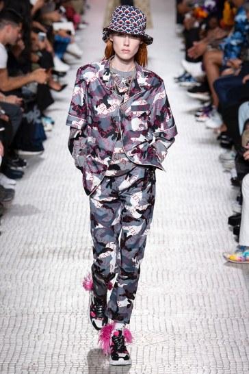 Valentino Spring 2019 Menswear Look 25
