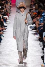 Valentino Spring 2019 Menswear Look 29
