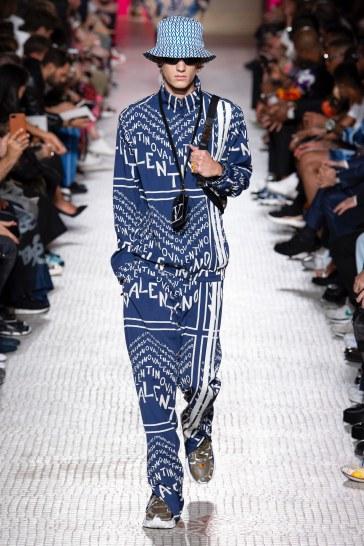 Valentino Spring 2019 Menswear Look 38