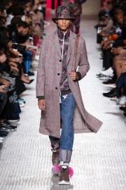 Valentino Spring 2019 Menswear Look 43