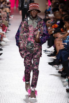 Valentino Spring 2019 Menswear Look 44