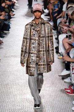Valentino Spring 2019 Menswear Look 59
