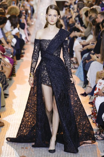 Elie Saab Fall 2018 Couture Look 39