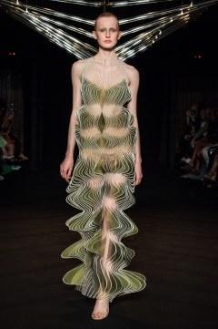 Iris van Herpen Fall 2018 Couture Look 7