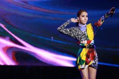 Jolin Tsai in Versace Fall 2018-5