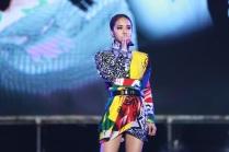 Jolin Tsai in Versace Fall 2018-6
