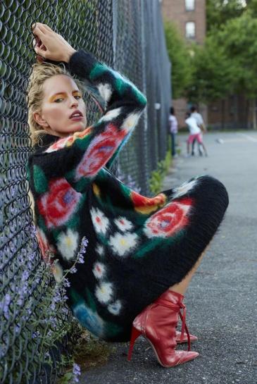 Karolina Kurkova X Harper's Bazaar Turkey August 2018-12