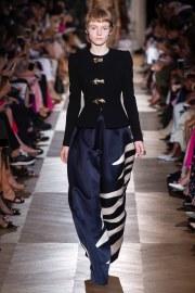 Schiaparelli Fall 2018 Couture Look 1