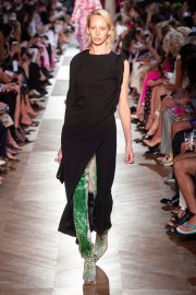 Schiaparelli Fall 2018 Couture Look 14