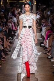Schiaparelli Fall 2018 Couture Look 22