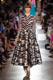Schiaparelli Fall 2018 Couture Look 23