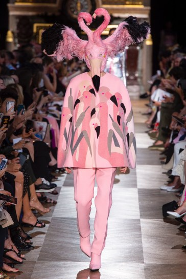 Schiaparelli Fall 2018 Couture Look 25