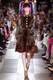 Schiaparelli Fall 2018 Couture Look 3