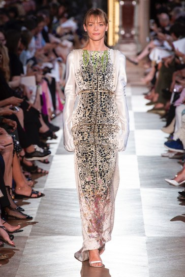 Schiaparelli Fall 2018 Couture Look 41