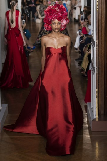 Valentino Fall 2018 Couture Look 51