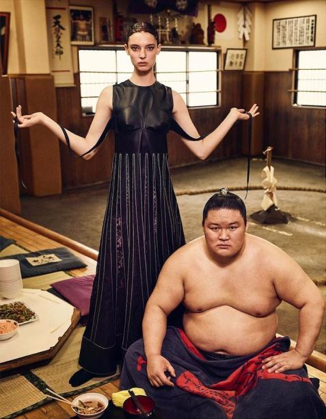 Ansley Gulielmi for Vogue Japan Fashion Story October 2018-6