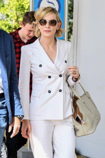 Cate Blanchett in Giorgio Armani Spring 2017 Menswear-2