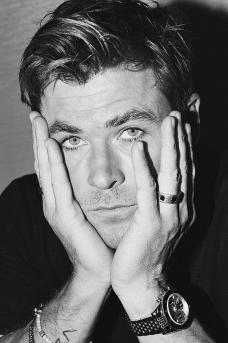 Chris Hemsworth Esquire Singapore August 2018-6