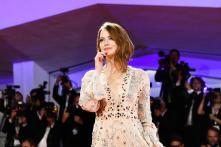 Emma Stone in Louis Vuitton Resort 2019-4