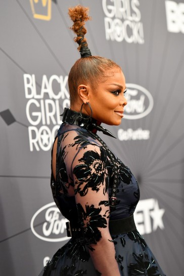 Janet Jackson in Christian Siriano Fall 2018-4