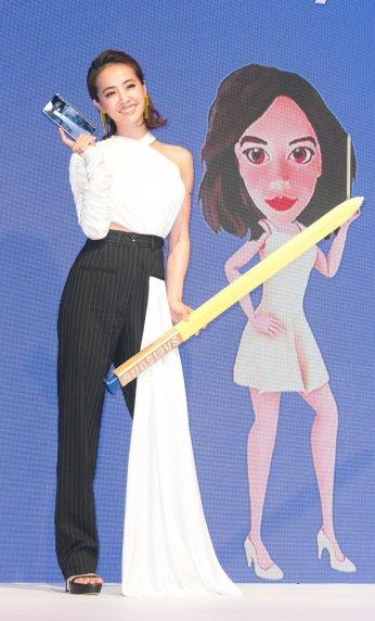 Jolin Tsai in Seen Users Fall 2017