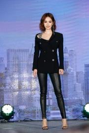 Jolin Tsai in Versace Spring 2018-1