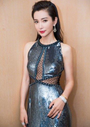 Li Bing Bing in Jenny Packham Fall 2018-2
