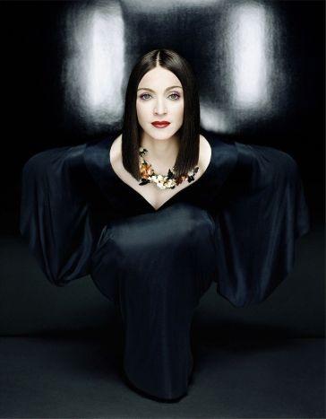 Madonna for Harper_s Bazaar February 1999-7