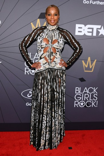 Mary J. Blige in Roberto Cavalli Fall 2018-1