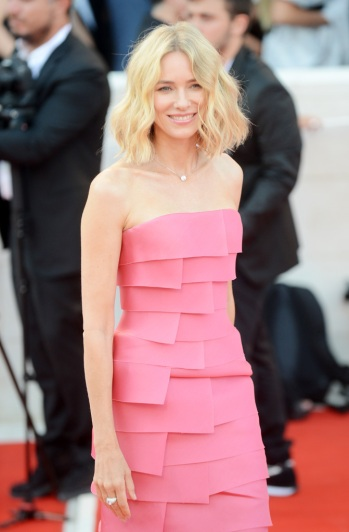 Naomi Watts in Armani Privé Fall 2018 Couture-8