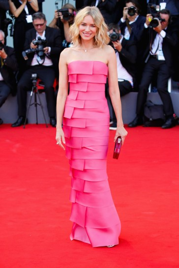 Naomi Watts in Armani Privé Fall 2018 Couture