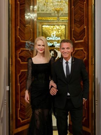 Nicole Kidman in Ulyana Sergeenko Fall 2017 Couture-4