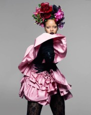 Rihanna for Vogue UK September 2018-1