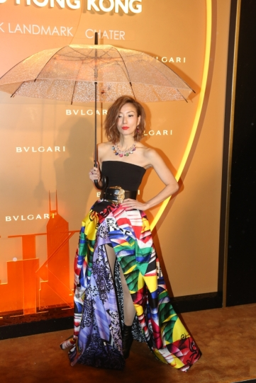 Sammi Cheng in Versace Fall 2018-3