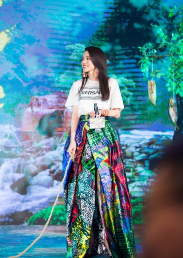 Shu Qi in Versace Fall 2018-3